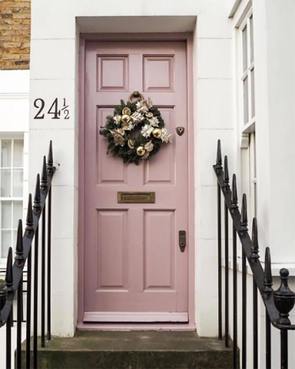 Kleur in huis 10 keer roze accenten ik woon fijn - Taupe kleurdeur ...