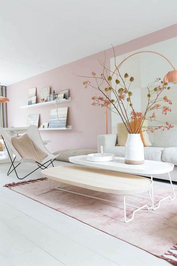 Kleur in huis: roze tapijt