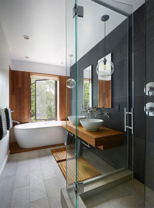 Badkamer vormgeving: hout