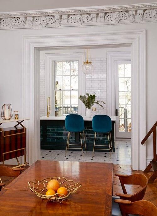 Kleur in huis: blauw en bruin ruimtes
