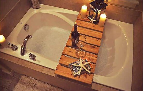 Badplank over het bad