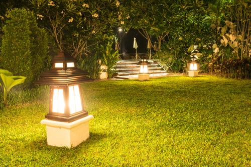 Verlichting voor een grote tuin