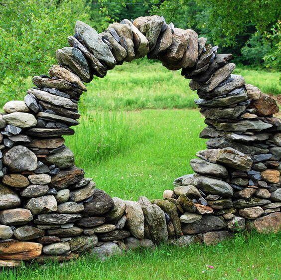 Stenen tuinmuur