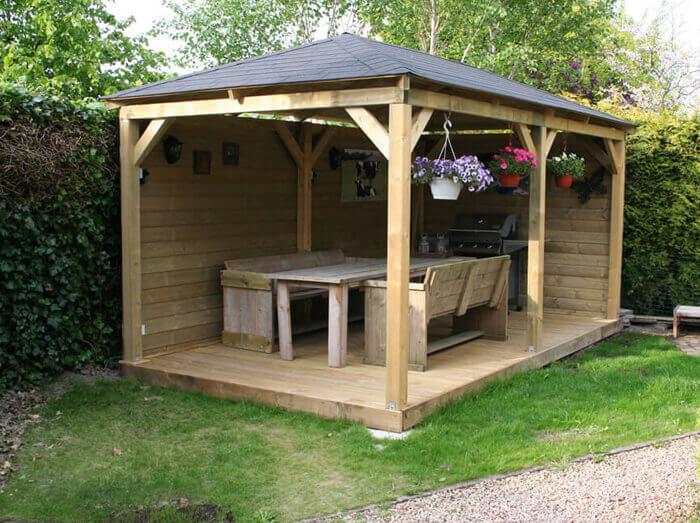 Duurzaam houten tuinhuis