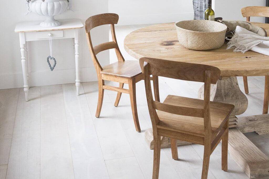 Ronde houten eettafel