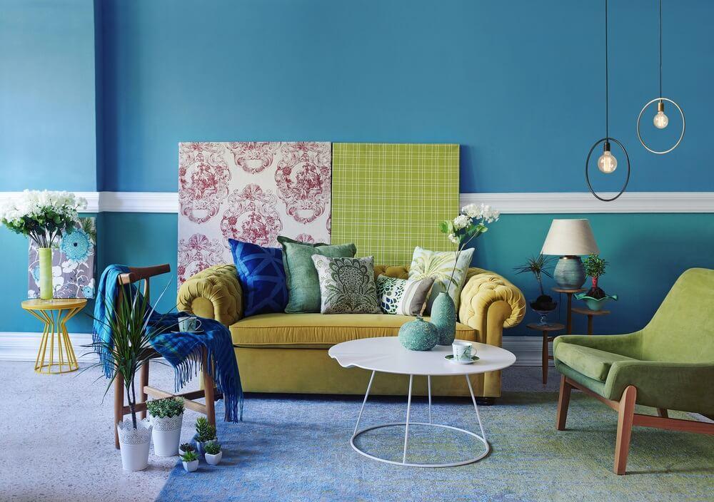 Turquoise ruim klein huis