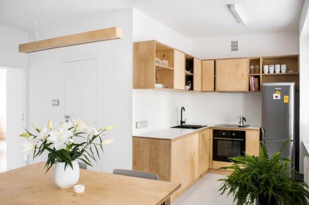 wit houten keuken