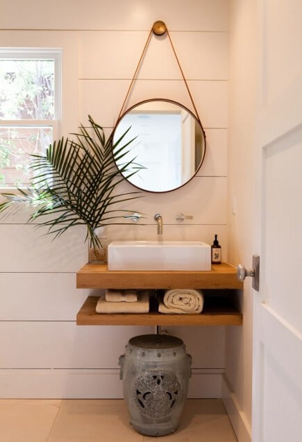houten plank wastafel