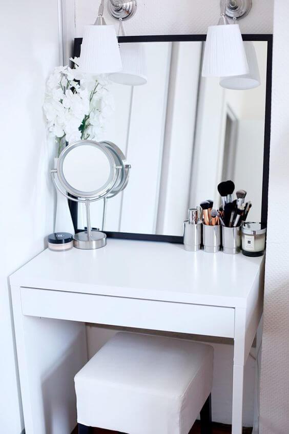 micke dressoir beautytafel