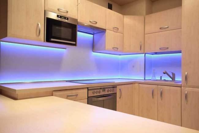 Licht bepaalde plekken in je interieur uit met LED verlichting
