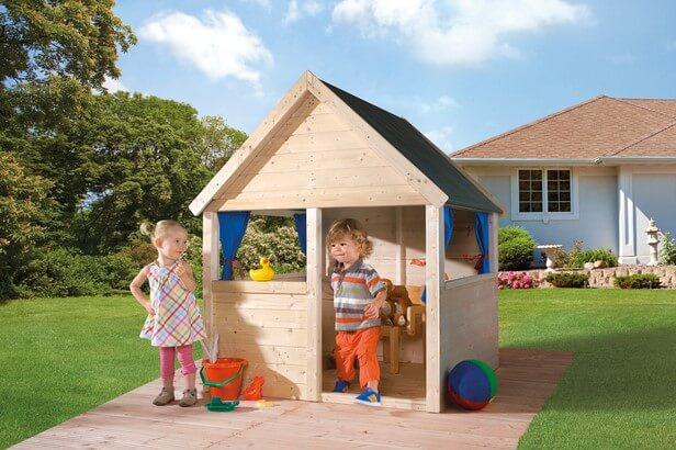 Speelhuisje achtertuin