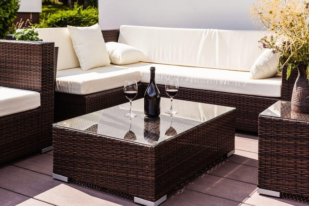 hoe maak je een gezellige zithoek in je tuin ik woon fijn. Black Bedroom Furniture Sets. Home Design Ideas