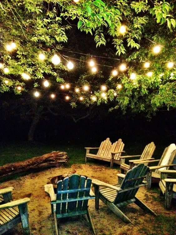 gekleurde lichtjes tuin