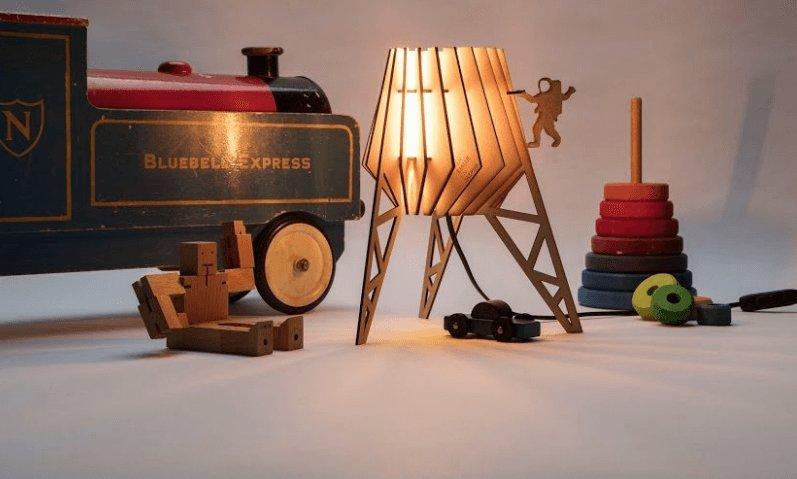Studio Perspective lamp