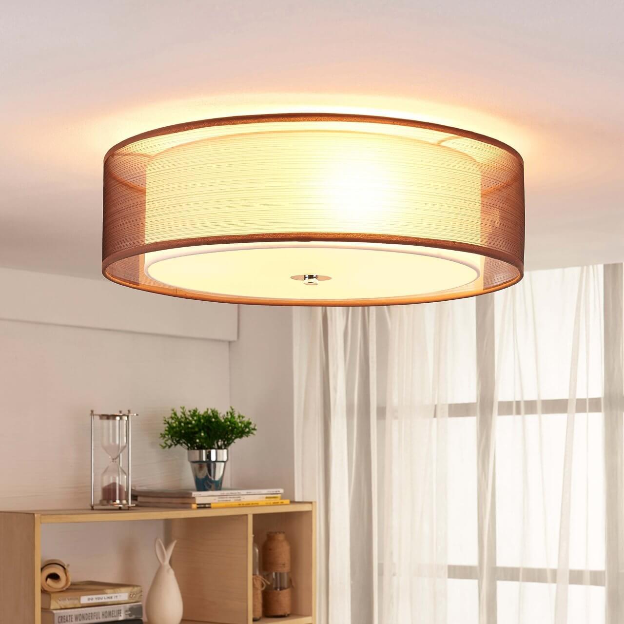 Plafondlamp met stoffen kap