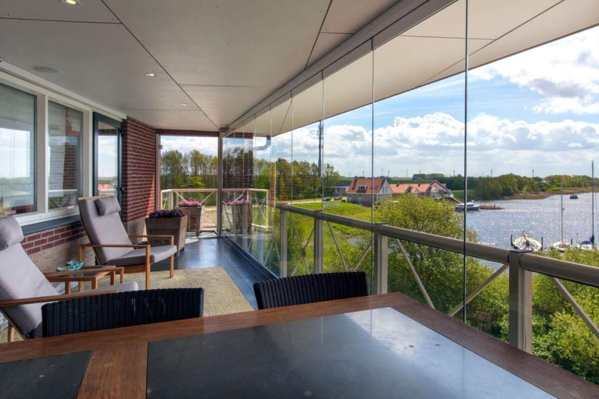 tholen uitzicht van balkon