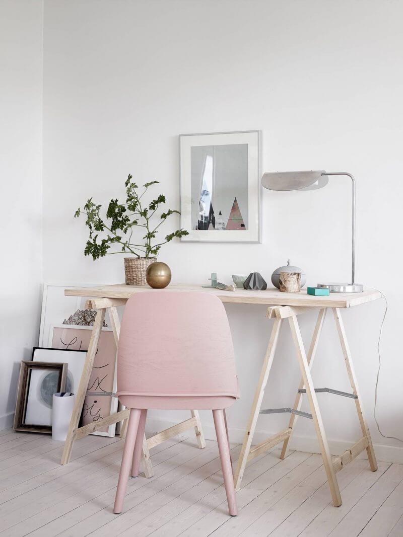 kantoor thuis roze stoel