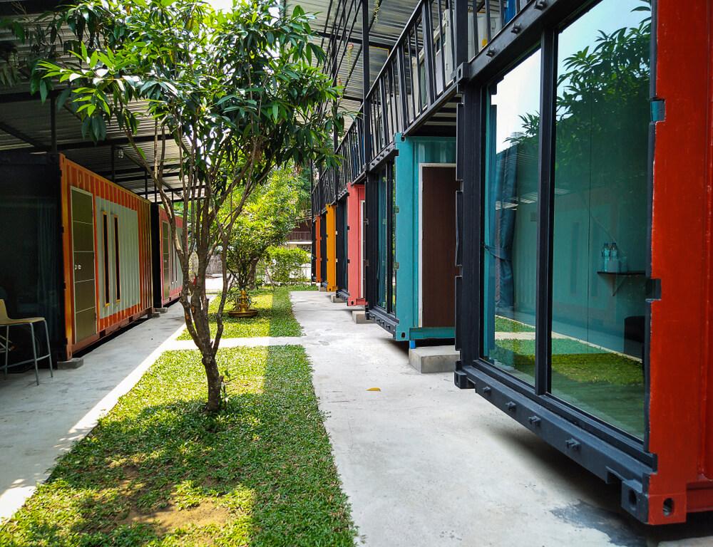 Appartementen complex van containers