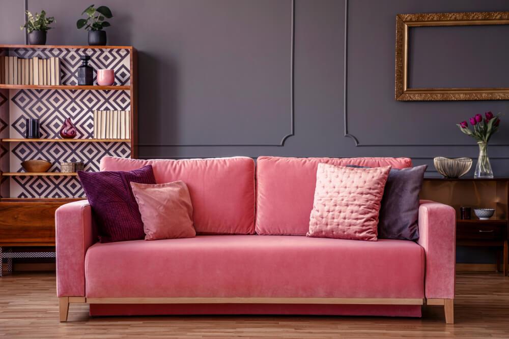 Klassieke roze velvet bank