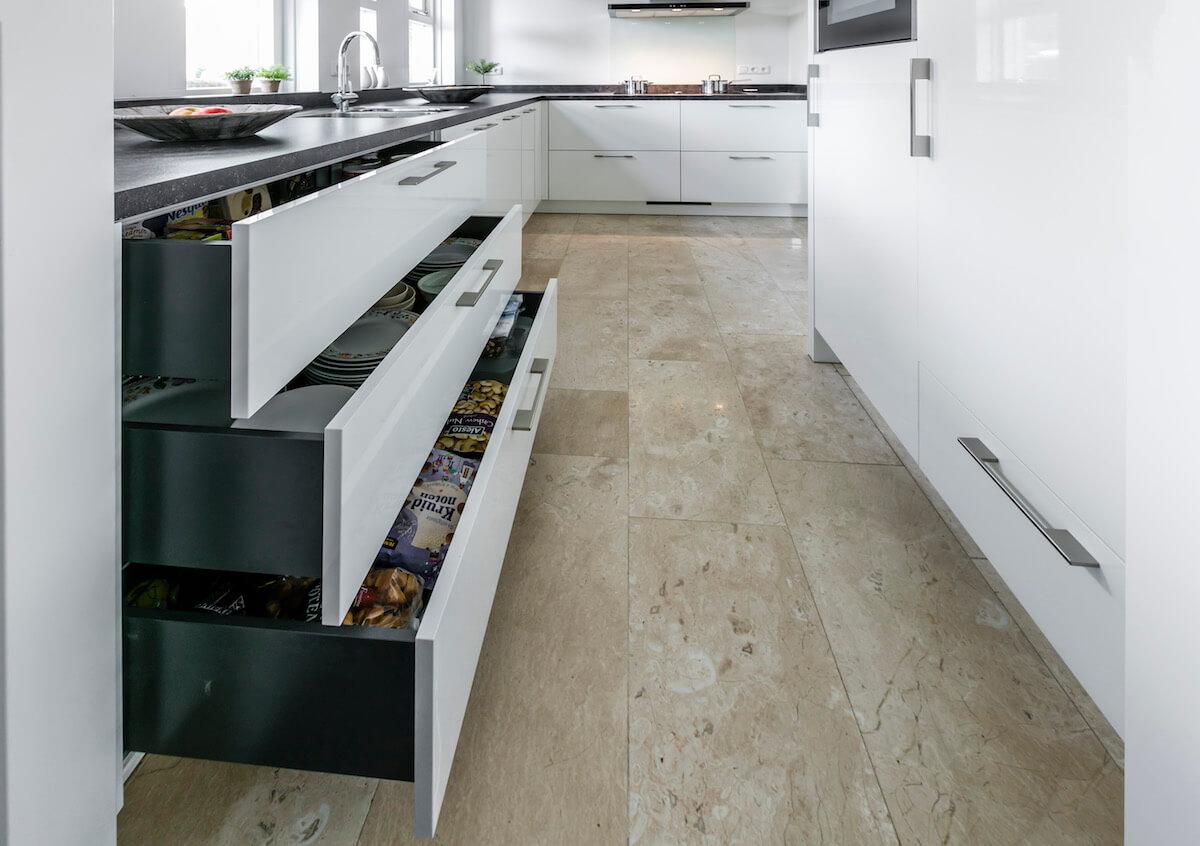 witte keuken modern