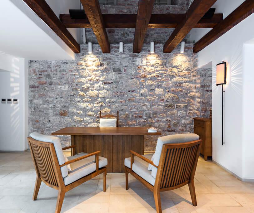 natuursteen muur interieur