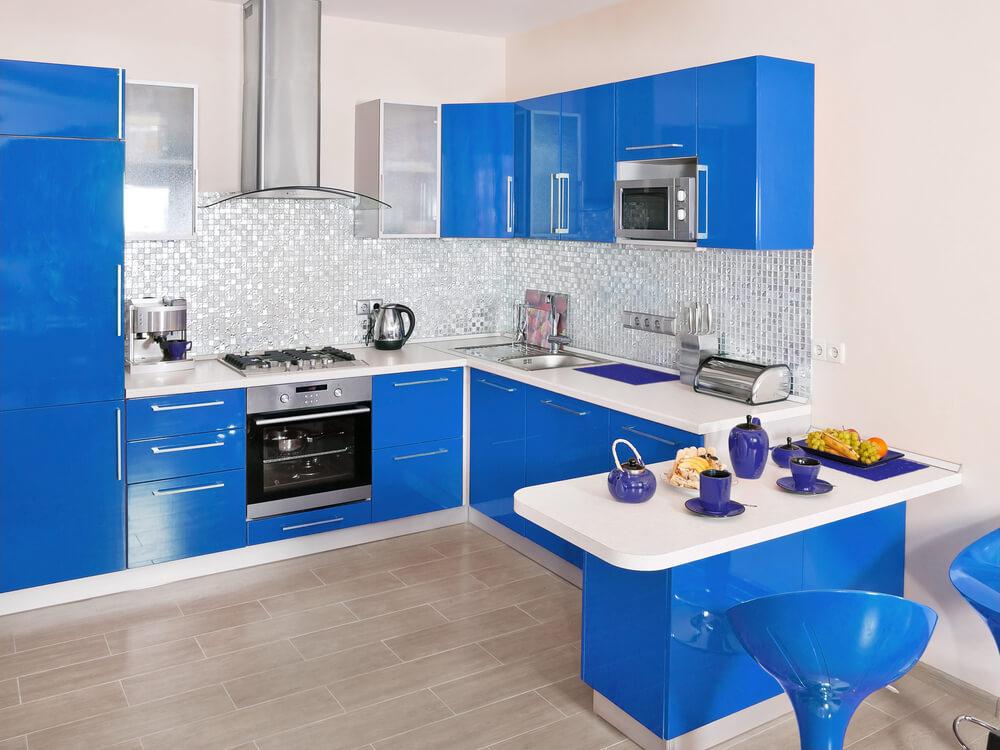 Hoogglans blauwe keuken