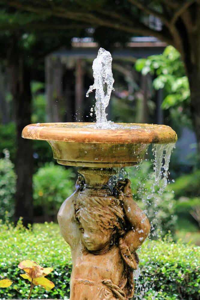 Kleine tuin fontein