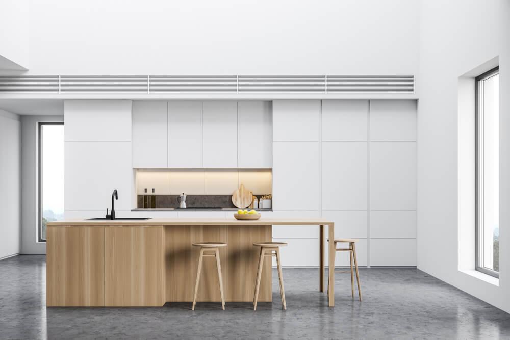 Een keukenbar met karakter: kies voor hout