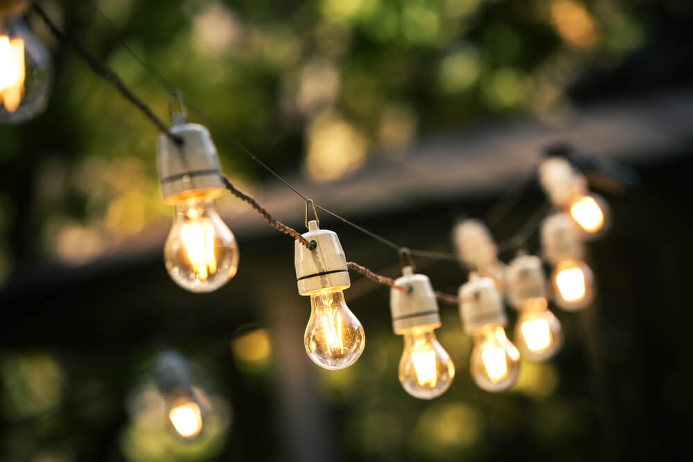 Buiten lichtslingers voor elke tuin