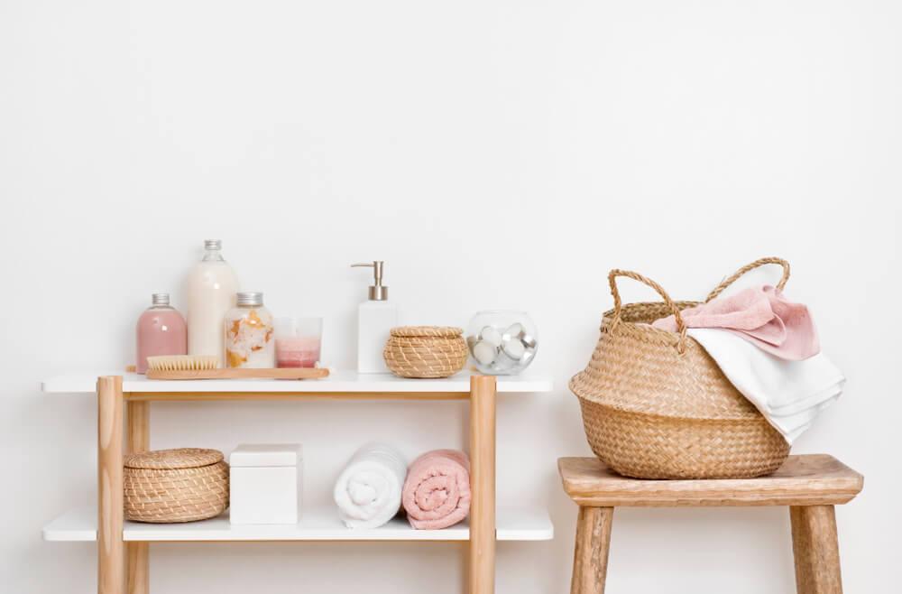 Mooi en trendy: roze badkameraccessoires