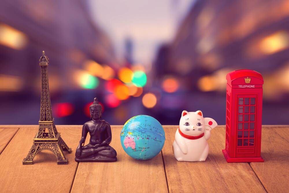 Op reis en souvenirs meenemen voor je interieur? Let hierop!