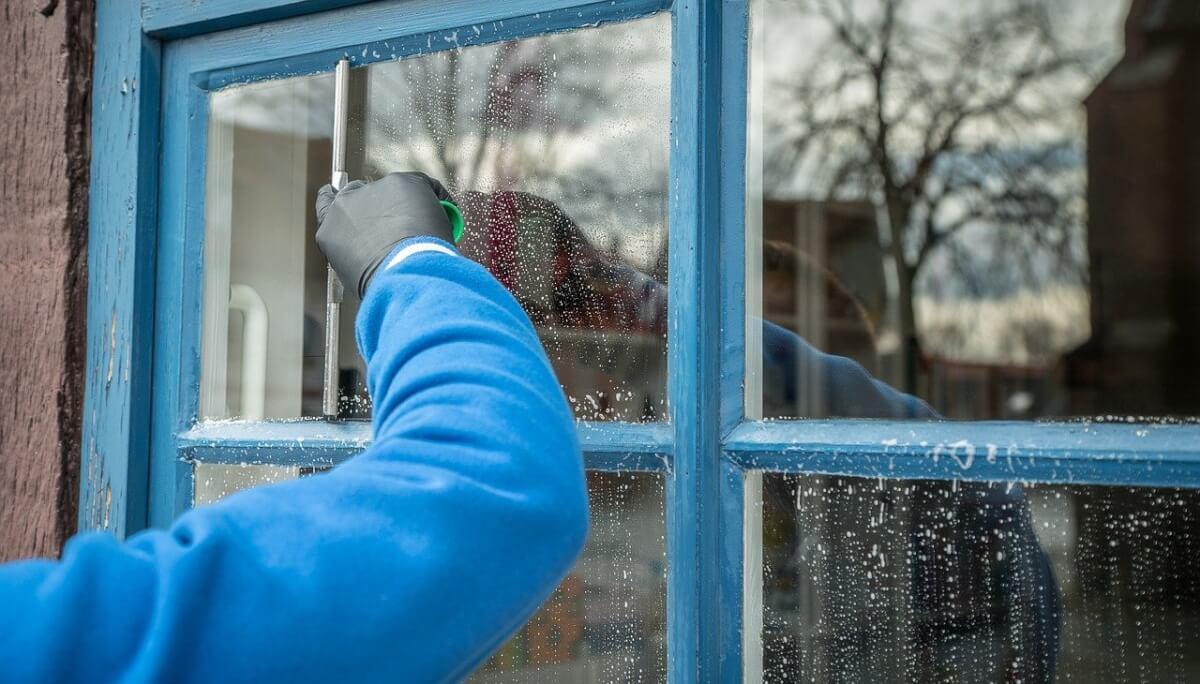 Beste manier om ramen te lappen: lees onze tips
