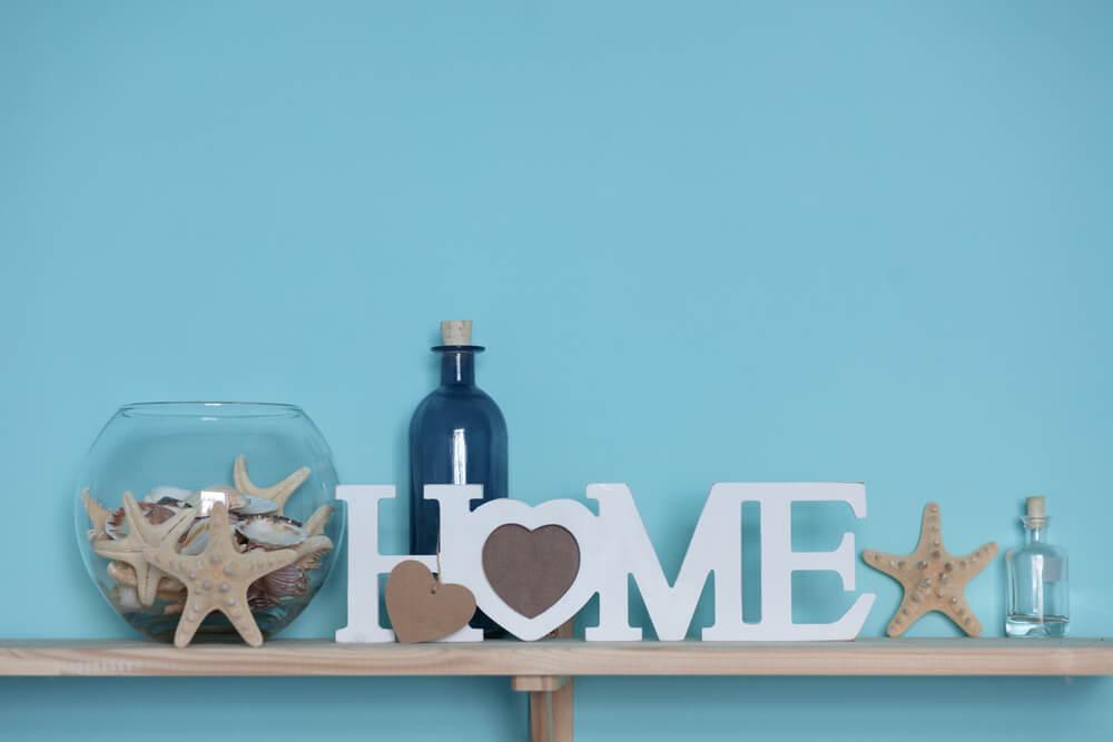 Haal de zomer in huis met schelpen in je interieur