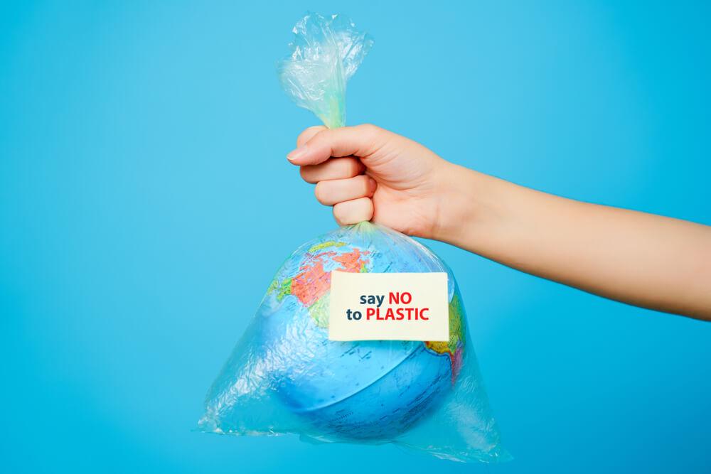 Minder plastic gebruiken: handige tips