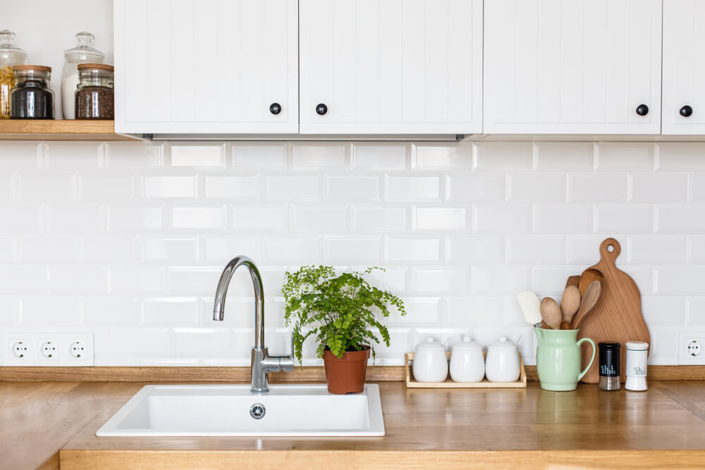Keukenaccessoires van hout: hoe kun je ze het best verzorgen en onderhouden?