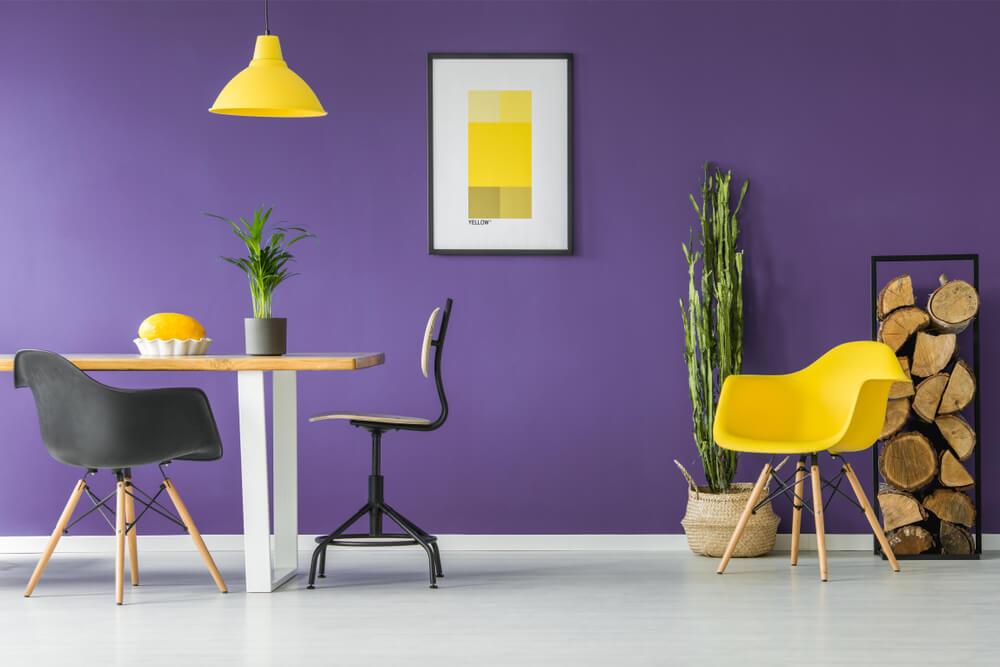 Paars op de muur: van verf tot paars behang