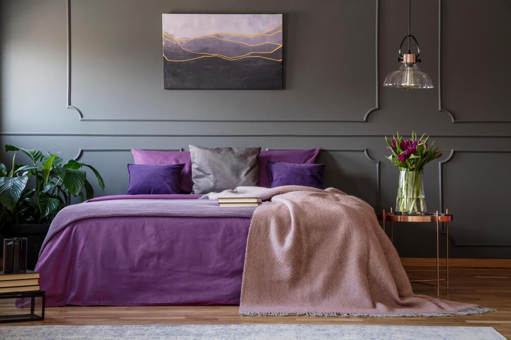 Slaapkamer in paars: heel sfeervol