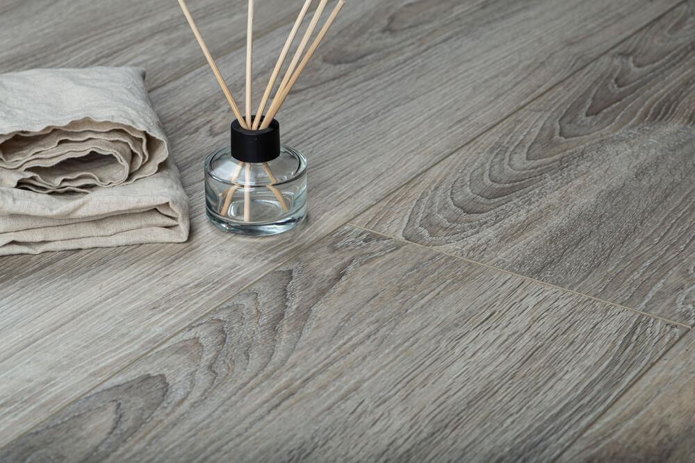 Populair grey wash in je interieur: 6x dít kun je ermee