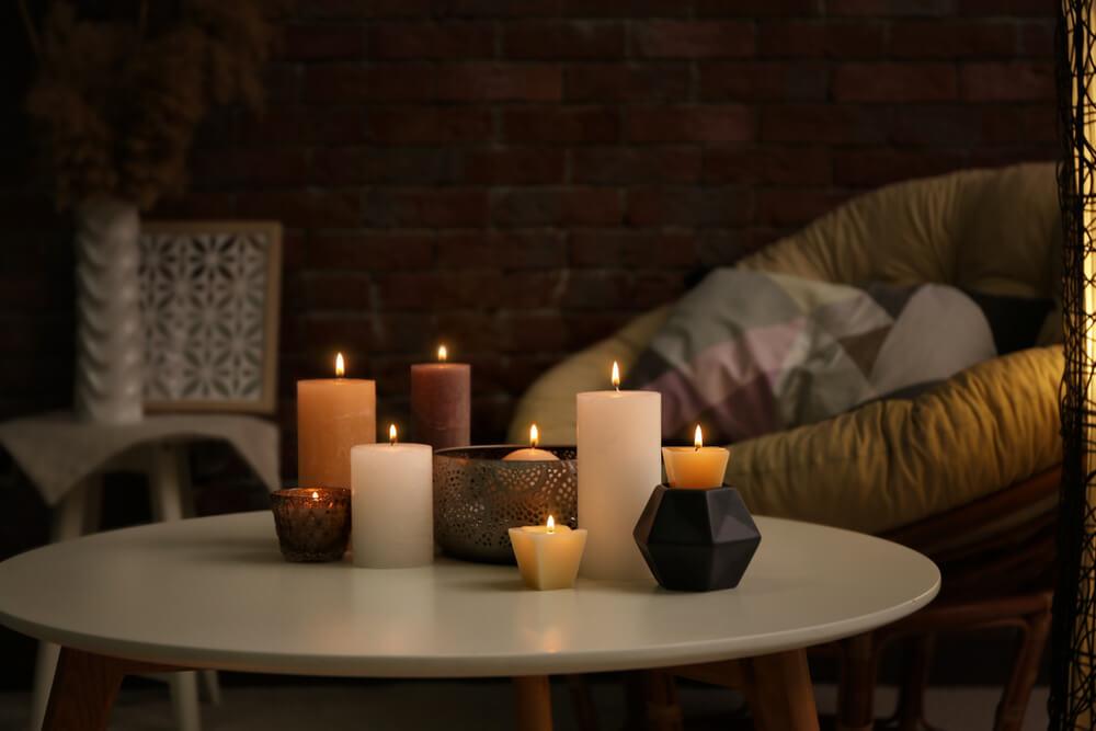 Kijk mee: 9x leuke manieren om kaarsen te stylen in huis