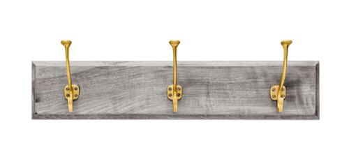 DIY kapstokje van greywash plank