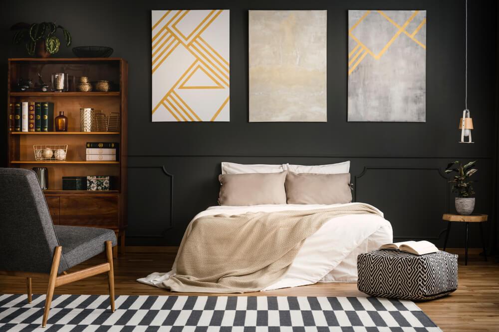 Zwarte verf in de slaapkamer