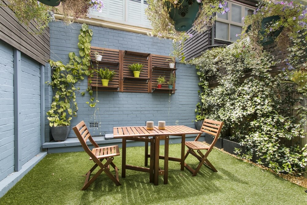 Het onderstel van je tuintafel