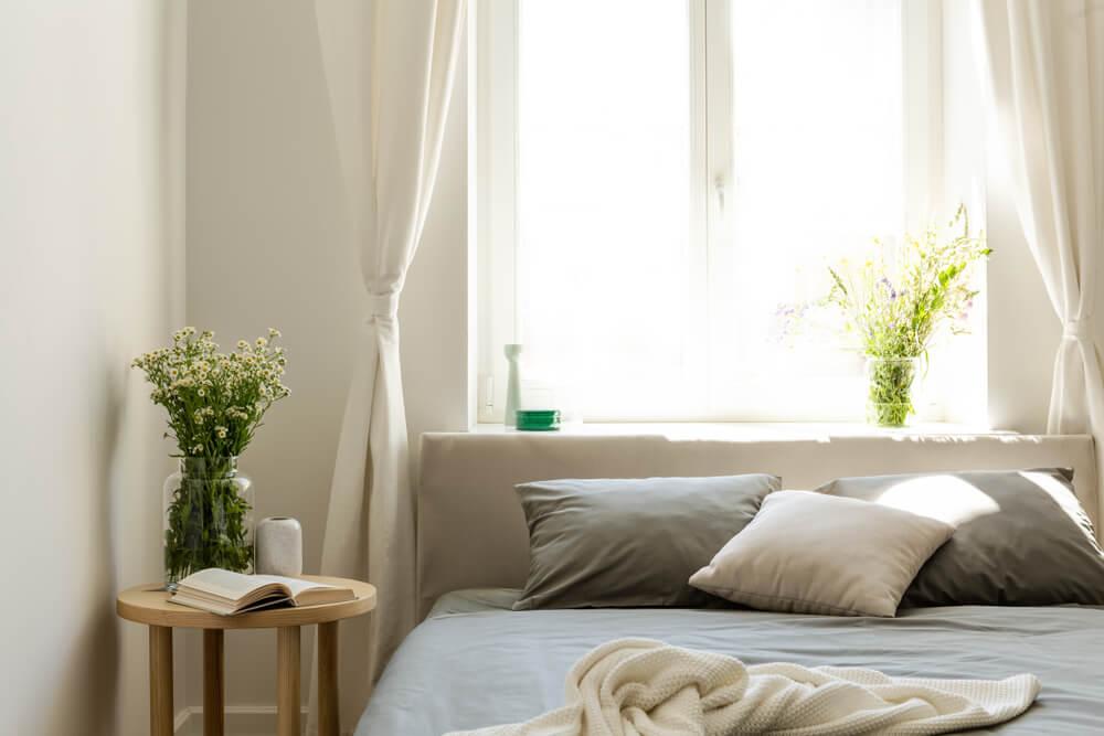 Hoe moet je je slaapkamer inrichten om beter te kunnen slapen?