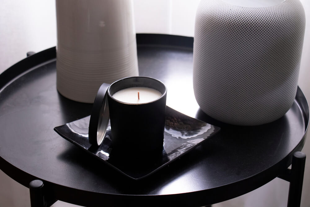 De 20 mooiste zwarte accessoires voor de woonkamer: shop mee!