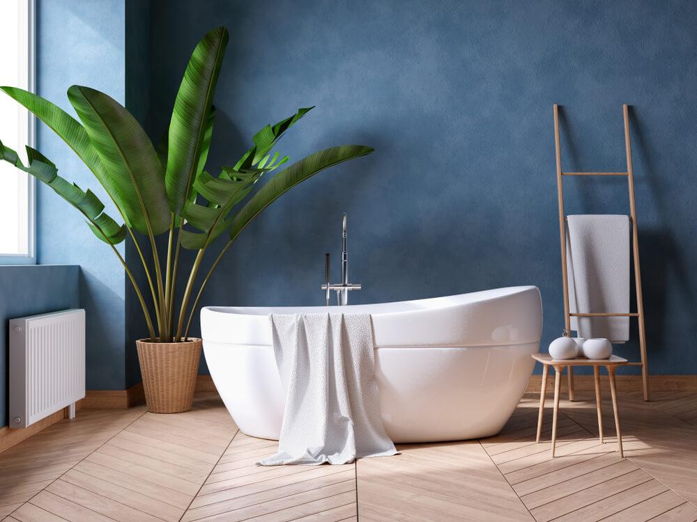 Blauwe badkamer: de muur