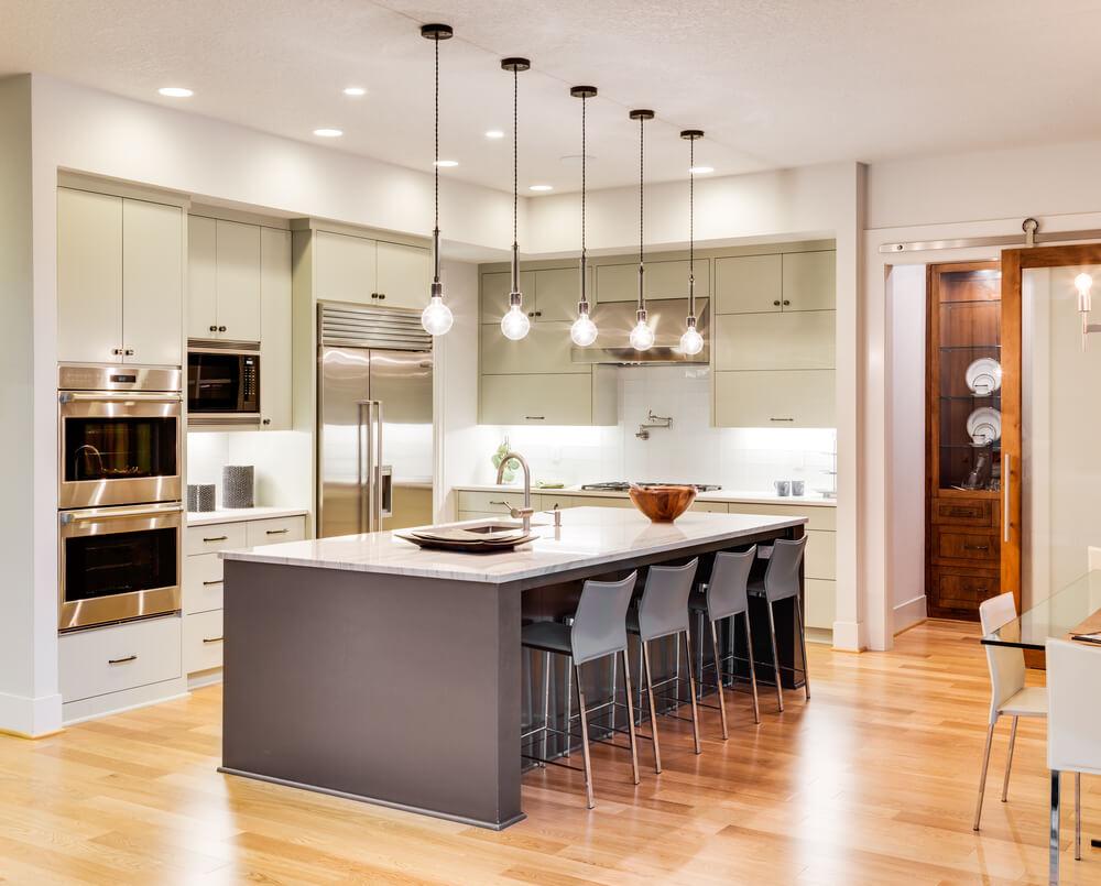 Moderne keukeninrichting: welke elementen mogen niet ontbreken?