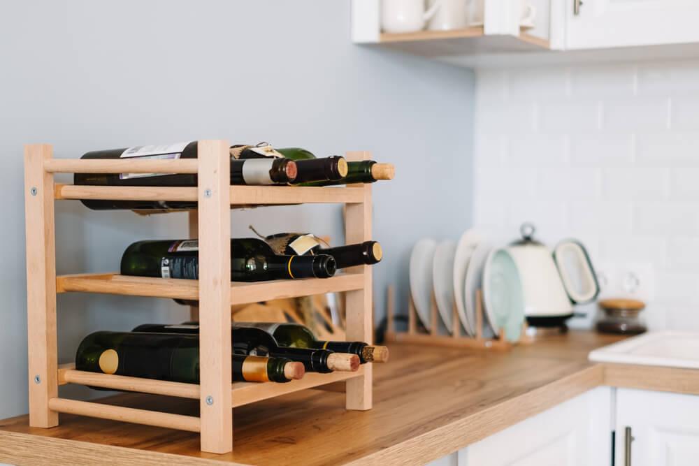 Proost! Dít zijn de 16 mooiste wijnrekken voor je interieur: shop direct mee